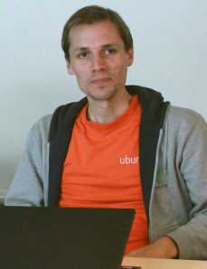 Torsten at the Ubucon 2012